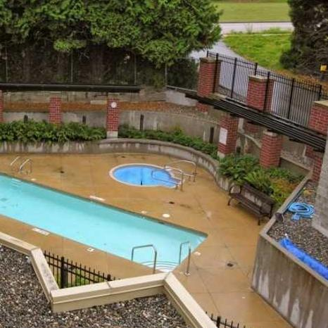 Victoria Hill 11 E Royal Ave New Westminster